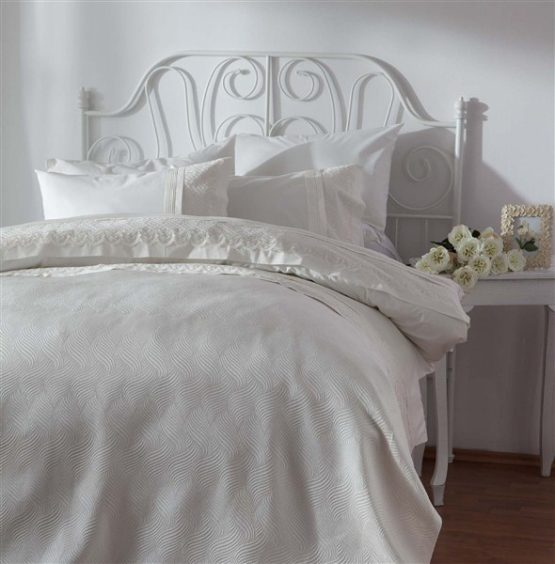 Soley double  Selection the Piquel Duvet Cover Set  Lara Ekru