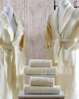 Minteks Cream-WhiteBathrobe set (Naz)