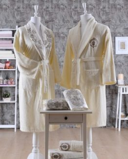 Minteks PrincesBathrobe set (Brentano)