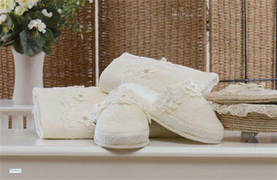 Minteks Romantic Slipper li Towel set (Beatrıce Cream)