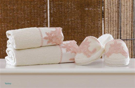 Minteks Romantic Slipper li Towel set (Melanie Cream)