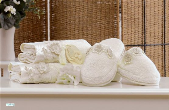 Minteks Romantic Slipper li Towel set (Camelia Cream)