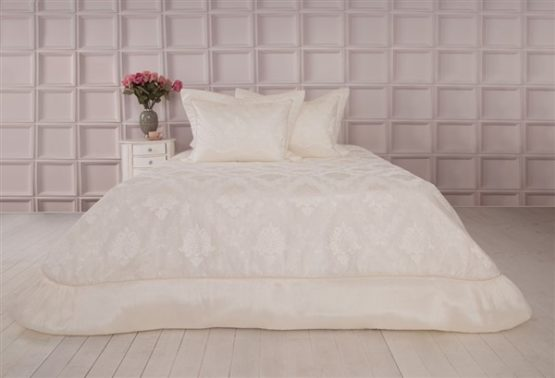 Soley SelectionBed Covered Serena Cream