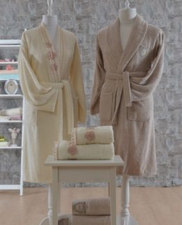 Minteks Romantic 6 PieceFamily Bathrobe set Angelica