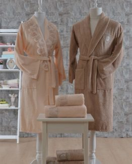 Minteks Romantic 6 PieceFamily Bathrobe set Josette Somon-brouwn