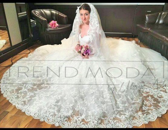 Wedding Dress Model G103