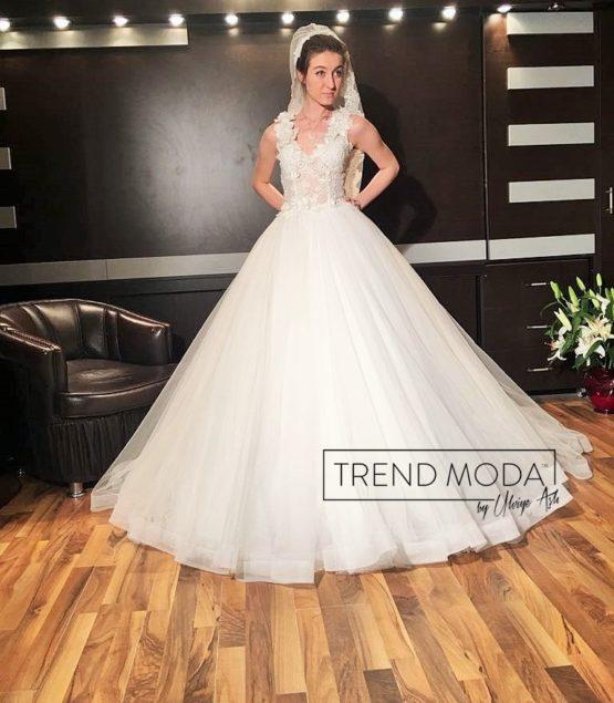 Wedding Dress Model G115