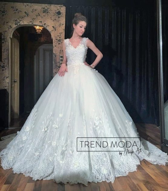 Wedding Dress Model G116